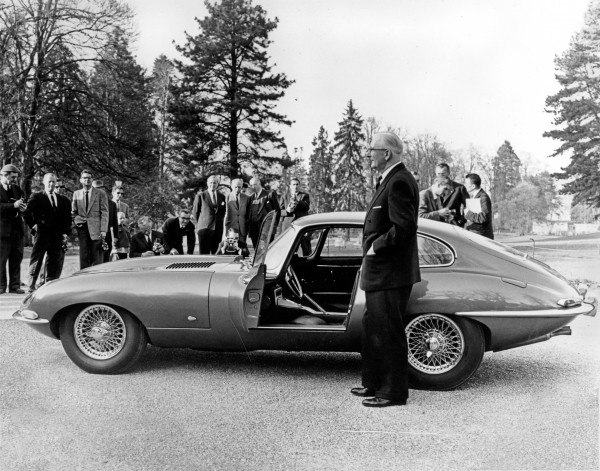 Jaguar E-Type by radical-classics - Fanaticar