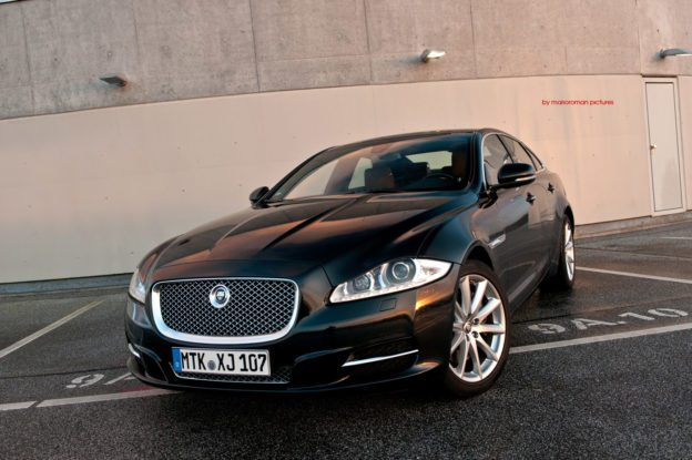 Jaguar XJ by marioroman pictures - Fanaticar