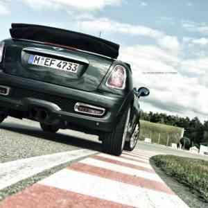 2011-mini-jcw-cab-2-3-300x300 in Roadtrip Teil 2: Ein Rotzlöffel auf Reisen – Mini John Cooper Works Cabrio