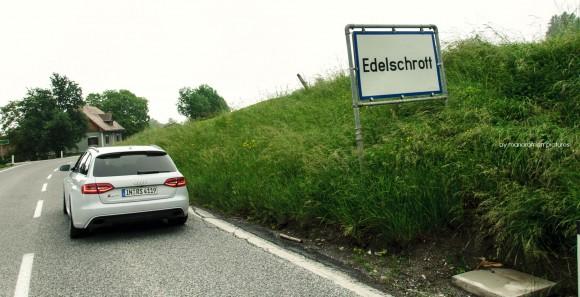 2012 Audi RS4 Avant by marioroman pictures - Fanaticar
