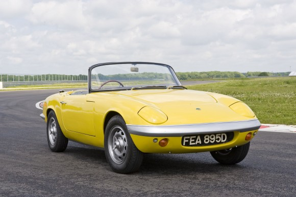 001-580x385 in Swingin Sixties - 50 Jahre Lotus Elan