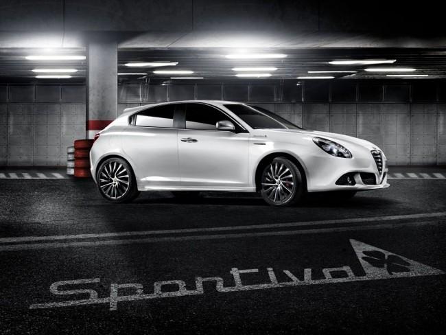 "90 Jahre Alfa Romeo ""Quadrofoglio Verde"" - Fanaticar"