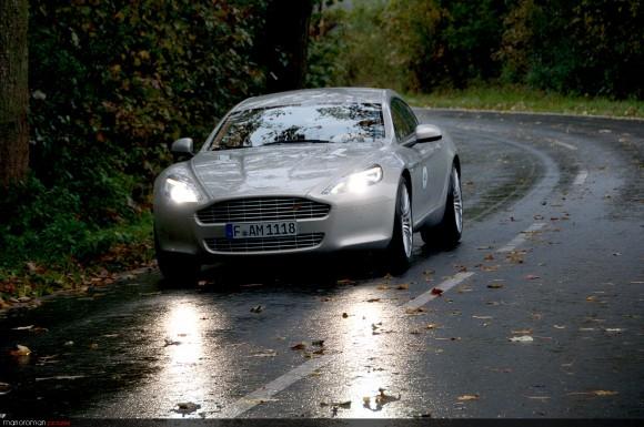 2010-vintage-trophy-464-Bea-580x385 in Q's Ladylover – Fahrbericht Aston Martin Rapide