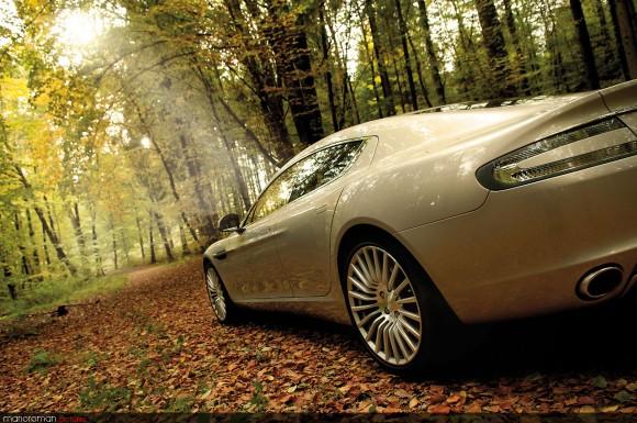 Aston-martin-rapide-58-cmyk-580x385 in Q's Ladylover – Fahrbericht Aston Martin Rapide