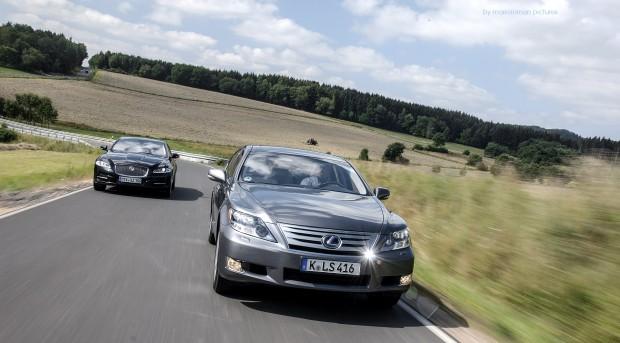 Jaguar XJ D vs Lexus LS600h - Fanaticar Magazin