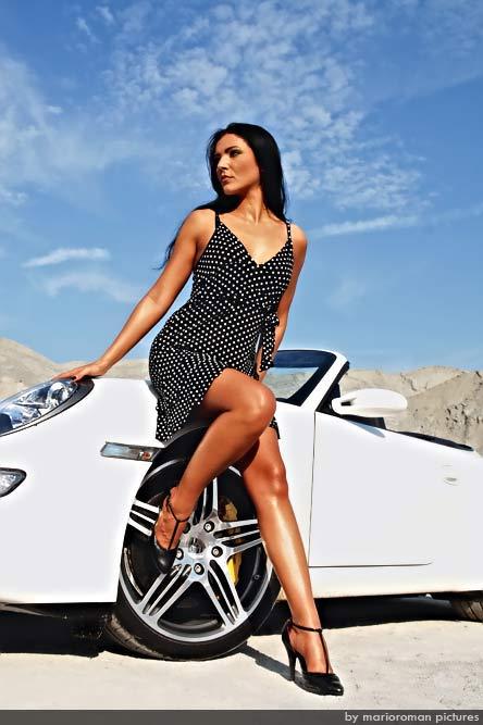 1 in Porsche Hamburg lädt zum Women Only Weekend