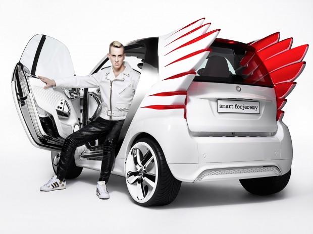 12C1300 06-620x464 in Asterix neuer Dienstwagen - Smart fortwo electric drive by Jeremy Scott