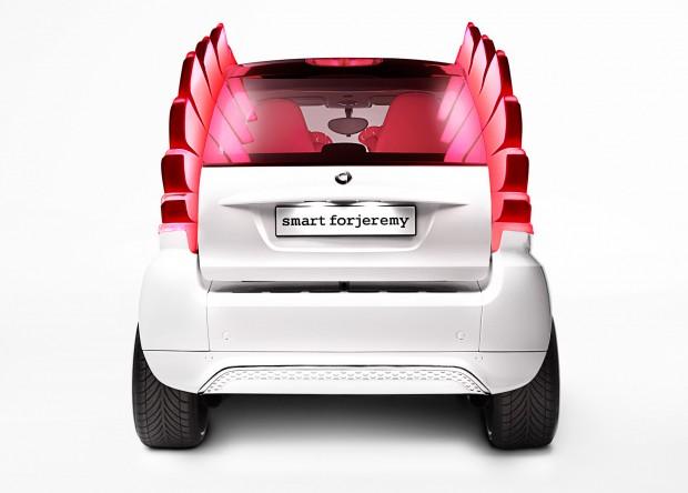 12C1300 11-620x444 in Asterix neuer Dienstwagen - Smart fortwo electric drive by Jeremy Scott