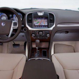 111107 L Thema 065-300x300 in Fahrbericht Lancia Thema 3.6 V6 Executive - Die perfekte Mafia Schleuder