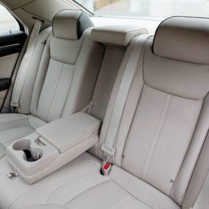 111107 L Thema 071-300x300 in Fahrbericht Lancia Thema 3.6 V6 Executive - Die perfekte Mafia Schleuder