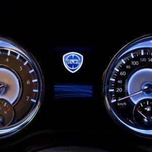 111107 L Thema 081-300x300 in Fahrbericht Lancia Thema 3.6 V6 Executive - Die perfekte Mafia Schleuder