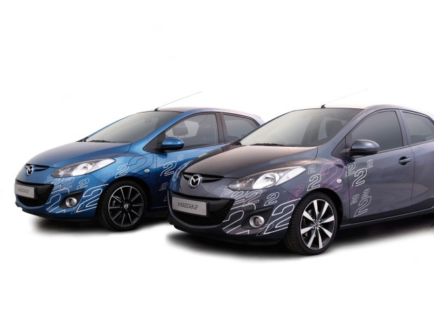 Ampnet Photo 20121213 053771-620x465 in Streifen für 2 - Mazda präsentiert neues Foliendesign