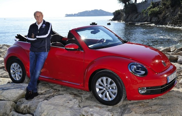 Hans-Joachim Stuck am Beetle Cabriolet.