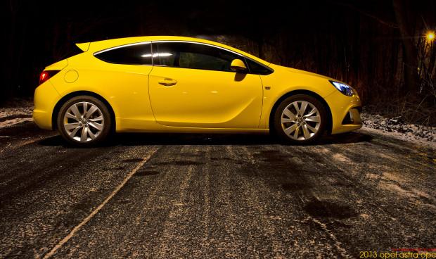 2013-opel-astra-opc-13-Bear-620x368 in Fahrbericht 2013 Opel Astra OPC - Tari Tara die Post ist da!