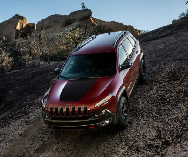 539880 10152086531861515 1213947799 N-620x516 in Die bösen Nachwehen des Aztek - Der neue Jeep Cherokee