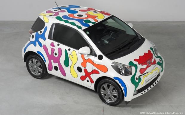 "Toyota iQ ""Urban Art by Joana Vasconcelos"" - Fanaticar Magazin"