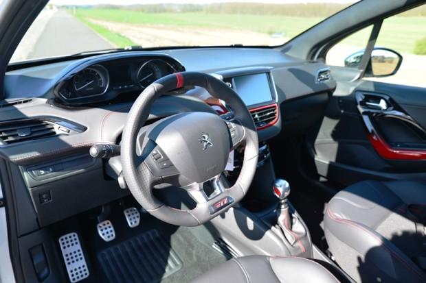 DSC 5775fb-620x413 in Fahrbericht Peugeot 208 GTi – Der Ruf der Legende