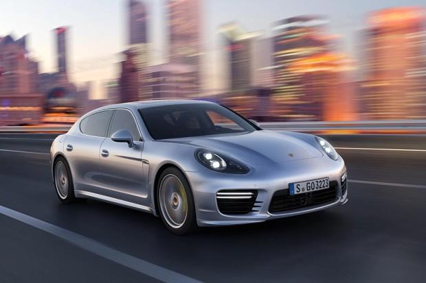 Porsche Panamera Turbo Executive - Fanaticar Magazin