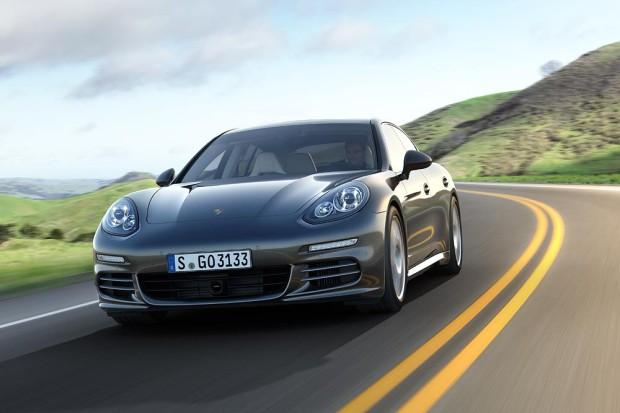Porsche Panamera 4S - Fanaticar Magazin