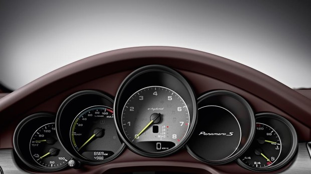 2013 Panamera S E-Hybrid - Innenraum - Fanaticar Magazin