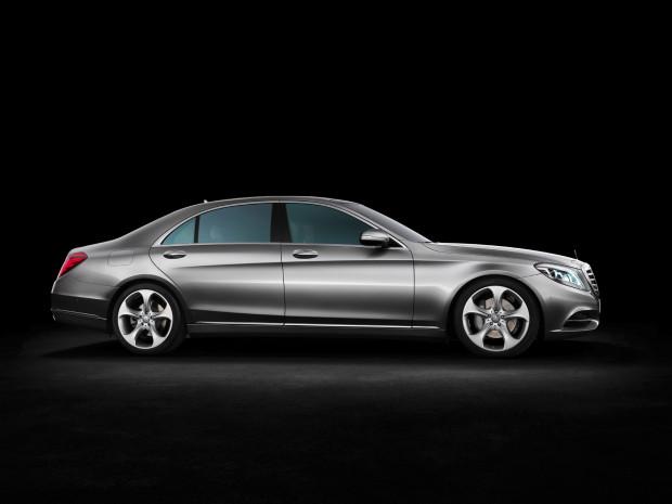 12C1322 07-620x465 in Nicht weniger anzustreben als die Weltherrschaft - Die neue Mercedes-Benz S-Klasse