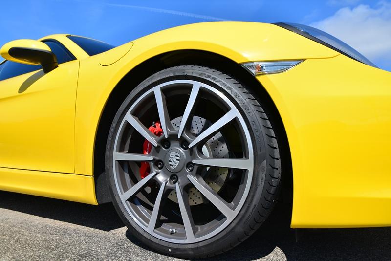 DSC 5663fb in Fahrbericht 2013 Porsche Cayman S – Und er kratzt am Thron...