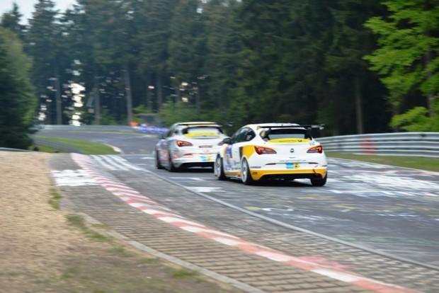 DSC 7233fb-620x414 in Opel ist zurück - Das 15 stündige 24h -Rennen am Nürburgring 2013