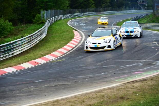 DSC 7491fb-620x414 in Opel ist zurück - Das 15 stündige 24h -Rennen am Nürburgring 2013