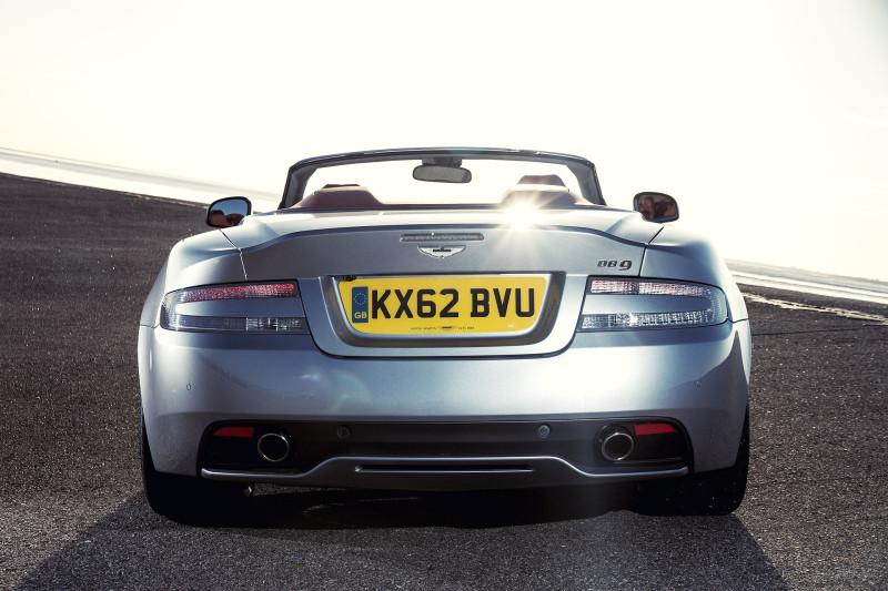 Aston-martin-db9-vl-2686-Bearbeitet-800x533 in Fahrbericht 2013 Aston Martin DB9 Volante - Stil kann man doch kaufen!