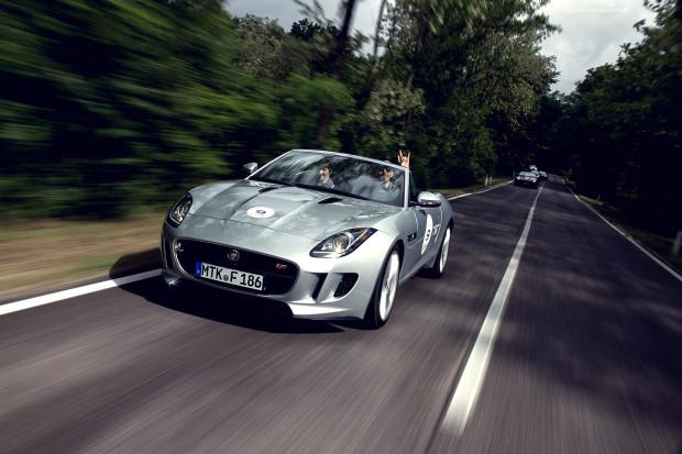 2013 Jaguar F-Type - Fanaticar Magazin