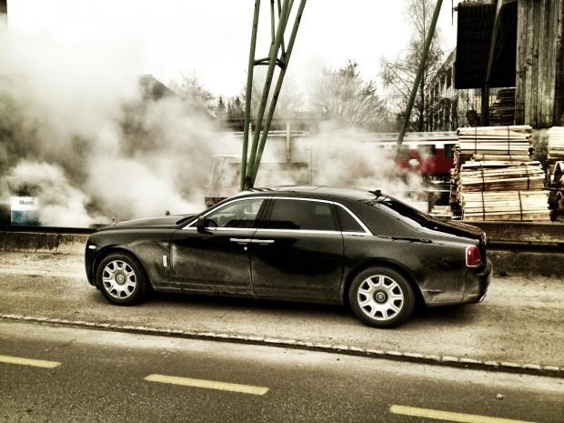 24-620x465 in Fahrbericht Rolls-Royce Ghost - Vornehme Präsenz