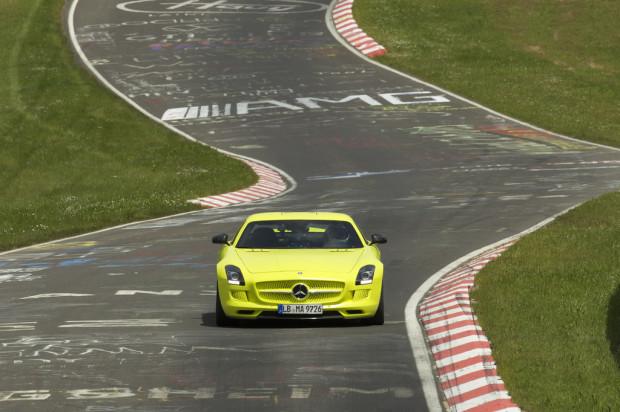 SLS AMG Coupé Electric Drive - Fanaticar Magazin