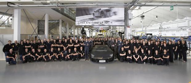 Aventador-2000-620x270 in Da geht noch mehr - Lamborghini baut den 2000ten Aventador