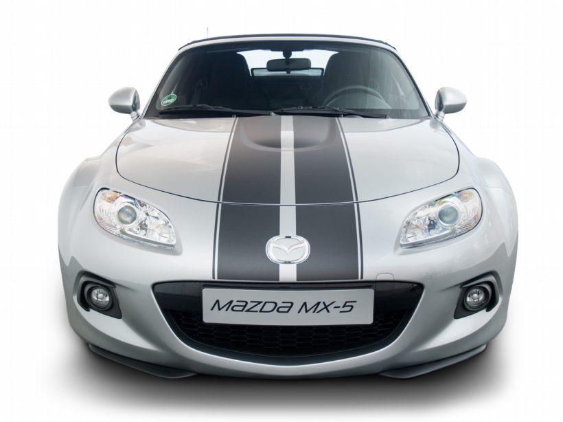 Mazda MX-5 mit Streifenfoliendesign - Fanaticar Magazin