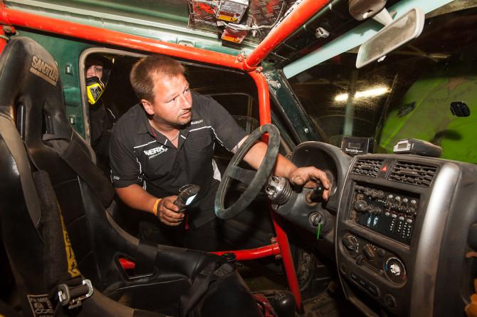 Suzuki-Jimny-beim-GORM-670x445 in GORM: Jutta Kleinschmidt machts vor, ich machs nach