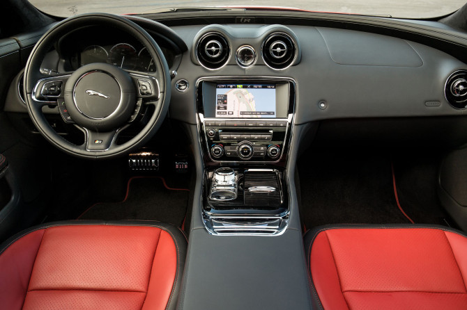 2014 Jaguar XJR - Fanaticar