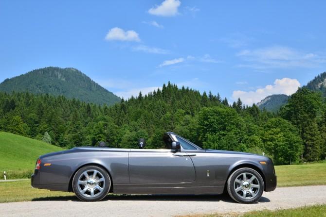 DSC 0465fb-670x447 in Fahrbericht Rolls Royce Phantom Drophead Coupé – Der absolute Genuss