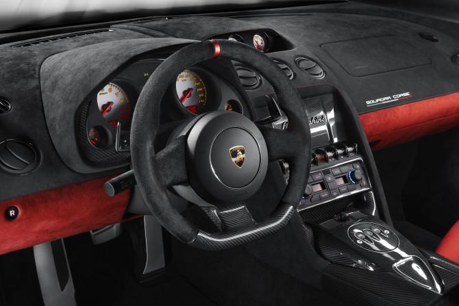 Lamborghini Gallardo Lp 570-4 Squadra Corse 03-670x447 in Lamborghini LP 570-4 Squadra Corse -Jetzt mit Frittentheke deluxe