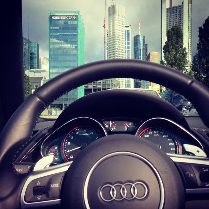 2013-09-10-09 26 59-2-670x670 in Fahrbericht Audi R8 V10 Spyder – Endlich zusammengefunden