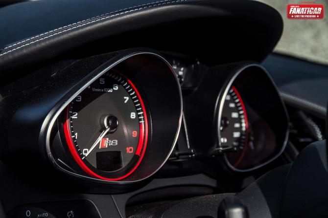 2013-audi-r8-v10-1922-670x446 in Fahrbericht Audi R8 V10 Spyder – Endlich zusammengefunden