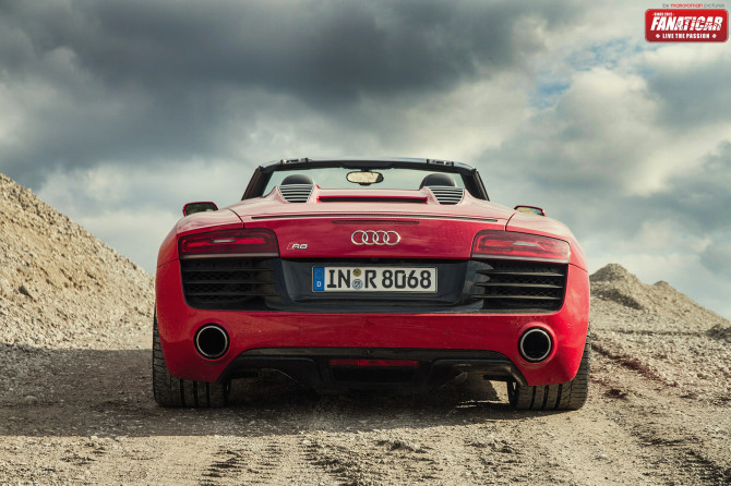 2013-audi-r8-v10-1955-670x446 in Fahrbericht Audi R8 V10 Spyder – Endlich zusammengefunden
