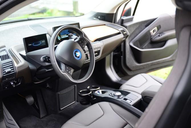 2013 BMW i3 - Fanaticar