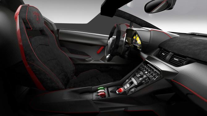 Veneno Roadster Internal-670x376 in Lamborghini Veneno Roadster - Brachialer Schönling