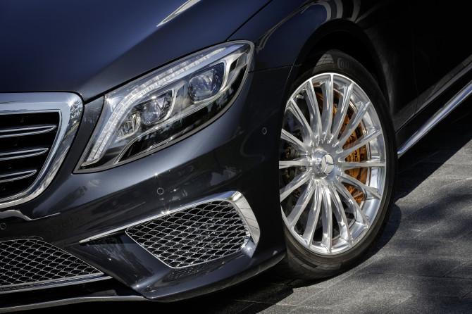 Beim S 65 AMG kommen erstmals ausschließlich AMG Leichtmetallräder in Schmiedetechnologie zum Einsatz.