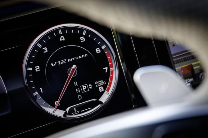 Der S 65 AMG begeistert durch souveräne und stilvolle Performance