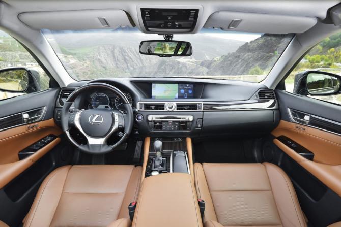 Lexus GS 300h - Fanaticar