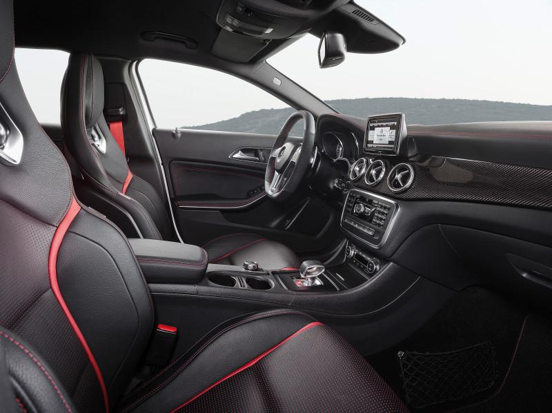 Mercedes-Benz GLA 45 AMG - Fanaticar Magazin