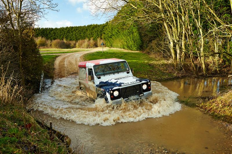 Land Rover Bowler Defender Challenge - Fanaticar Magazin