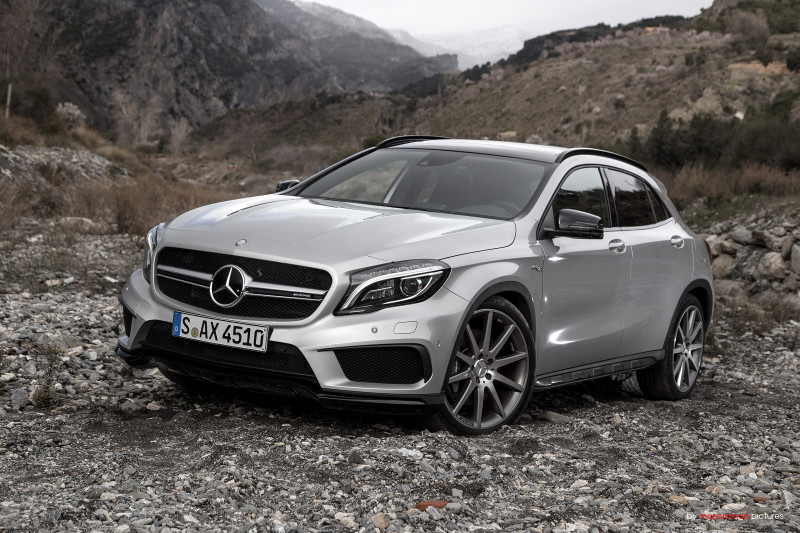 2014 Mercedes-Benz GLA 45 AMG - Fanaticar Magazin