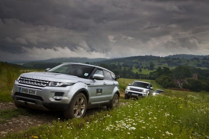 Offroad-Vergnügen mit Land Rover am legendären Eastnor Castle